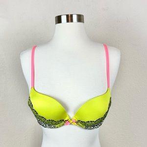 Victoria's Secret   Lace Green & Leonard Very Sexy Push Up/Pigeonnant Bra